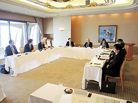 中国四国ブロック8県の病薬会長らが様々な課題について意見を交換した